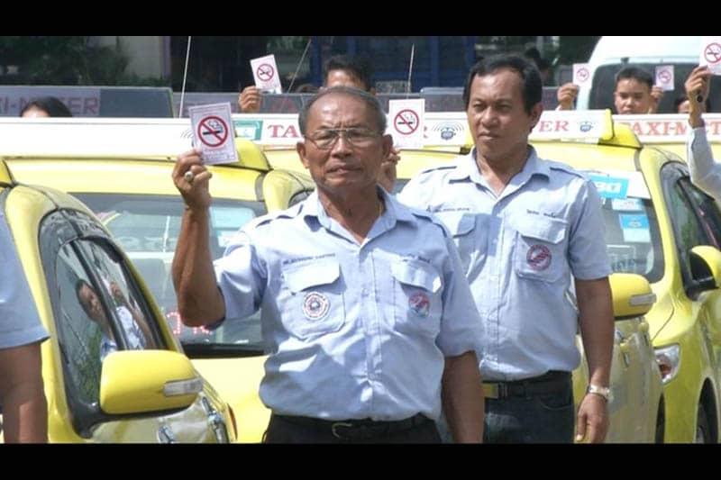 9月1日からタイのタクシー内は禁煙に!違反すると罰金2000バーツ!