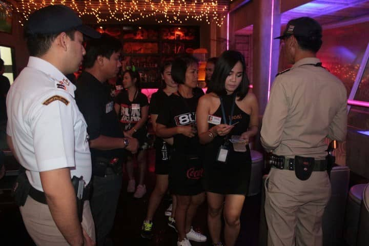 foreign-workers-arrested-8.jpg.9cb48f9fafd5f710888a7df89149f323