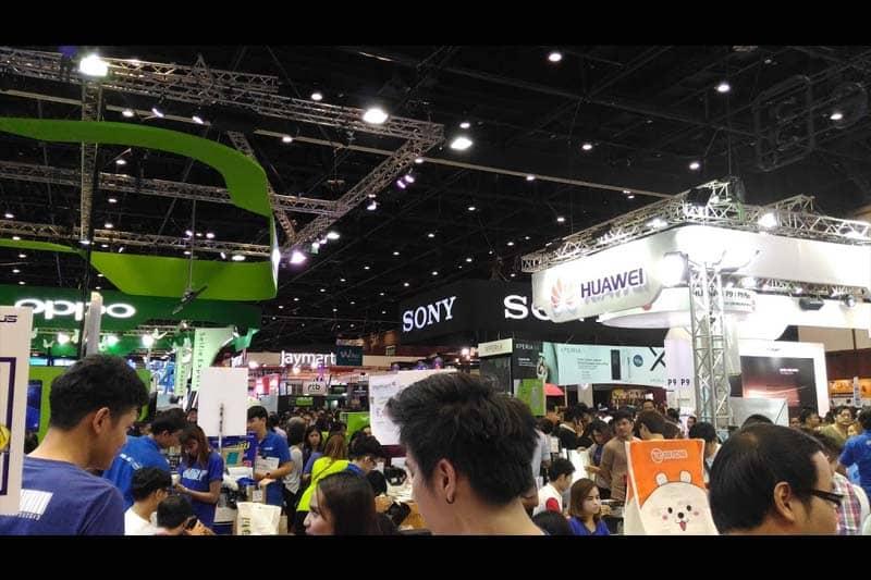 「タイランド・モバイル・エキスポ2016」はタイの給料日時期で激込み