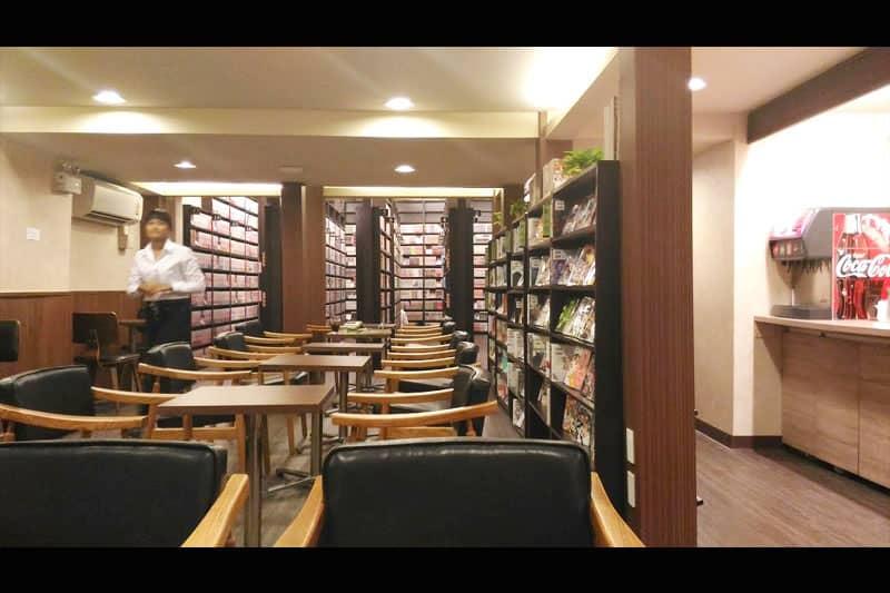 春らんまん書房が作った漫画喫茶がスクンビット・ソイ39にオープン!