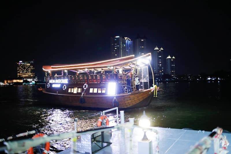 チャオプラヤー川インド料理ディナークルーズ、2016年末から営業中