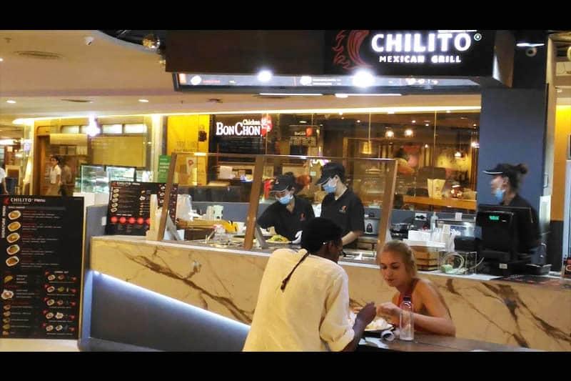 シーロムに気軽に利用できる、お手頃価格のメキシコ料理店がオープン