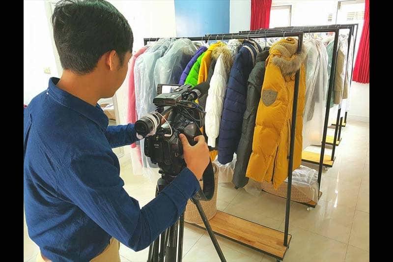 寒い国に海外旅行に行くタイ人向けの冬服専門レンタルショップが話題