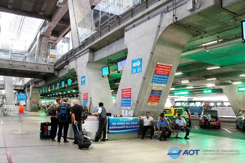 「スワンナプーム空港では、Uberタクシーは客を拾えない」とAOTが強調