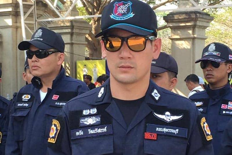 タイの新興宗教の総本山を家宅捜索したイケメン警官が現地で人気に