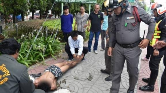 Tarzan-Spotted-In-Bangkok-This-Morning-2