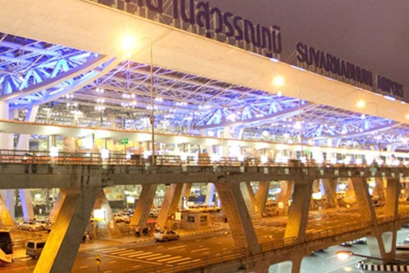 スワンナプーム空港の預入荷物コンベア付近で20万円入りのバッグ盗難被害