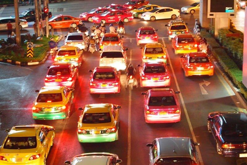 タイで続くタクシー運転手との「仁義なき戦い」:前編