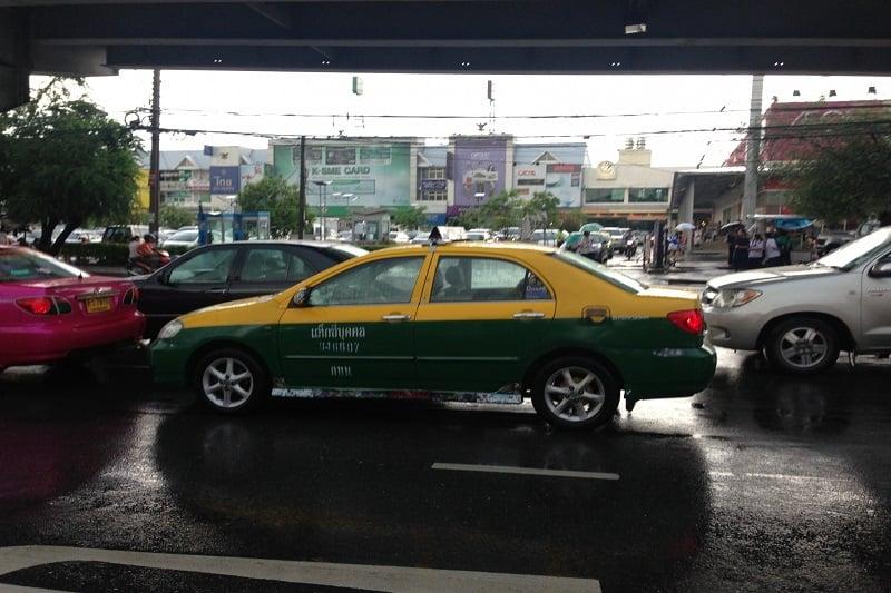 タイで続くタクシー運転手との「仁義なき戦い」&トラブル回避方法:後編