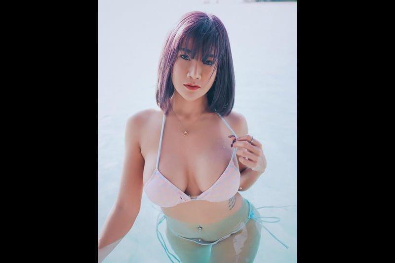 タイ版プレイボーイ誌のモデル、マッサージ中に尻見え動画アップで罰金刑!