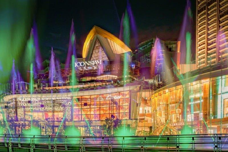 バンコクでのデートに最適!アイコン・サイアムの新しい噴水ショー