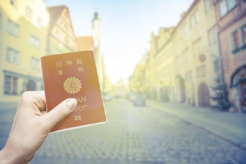 あなたのパスポートは大丈夫?タイ人観光客、パスポートの謎の絵で旅行できず!