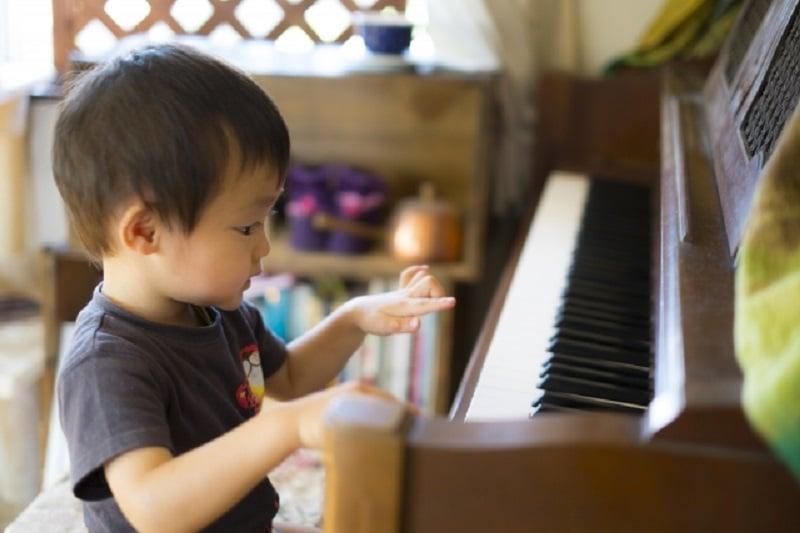 タイでも、子供の将来の夢はユーチューバー