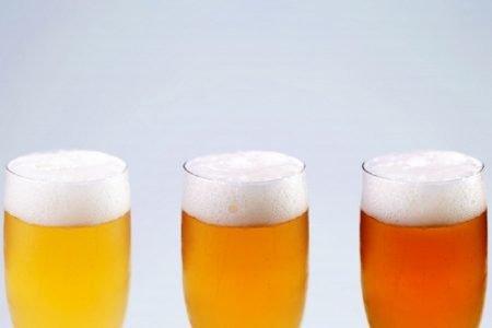 タイでアルコールのインターネット販売法案、未成年者の購入を防ぐため