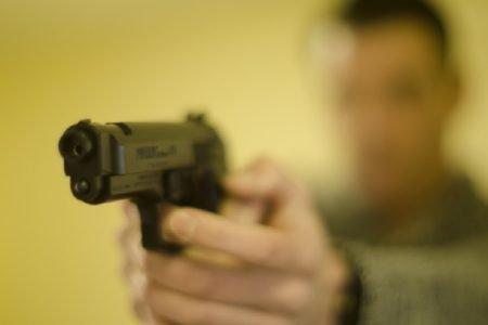 タイ中部で患者が医師を銃で殺害!130バーツが高いと激怒