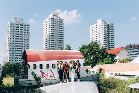 バンコクの「飛行機の墓場」で火事騒動発生