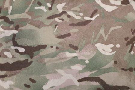 「ニューハーフも軍に入るべき」という発言がタイ社会で騒動に